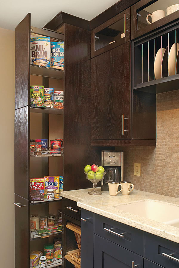 dispensa pantry cabinet